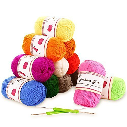 Fuyit Double Knitting Yarn 12x50g 100% Acrylic with 2 Crochet Hooks 1200 Meters Balls of Assorted DK Yarn Set Colourful Chunky