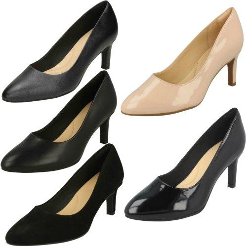 Ladies Clarks Textured Court Shoes Calla Rose - D Fit
