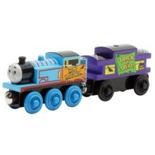 Learning Curve Thomas And Friends Wooden Railway - Halloween Thomas & Caboose