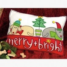 D72-08194 - Dimensions Felt Applique - Cushion: Merry & Bright
